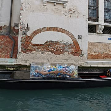 Death by Plastic (Venice), 2019